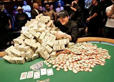 Bán Chip Poker, Phỉnh Poker ở Long Biên gọi 0906.282.535