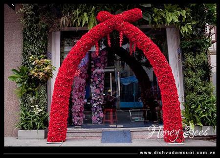 cổng hoa vải, hoa giả cho thuê tại tphcm