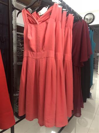 Váy đầm áo thun xuất khẩu, áo kiểu các loại sỉ lô giá 28k