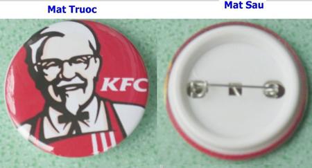 Công ty chuyên in logo đeo áo, logo nhựa
