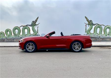 Ford Mustang 2.3 Ecoboost mui trần