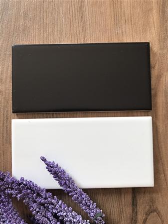 Gạch thẻ trắng , đen mờ 7.5x15