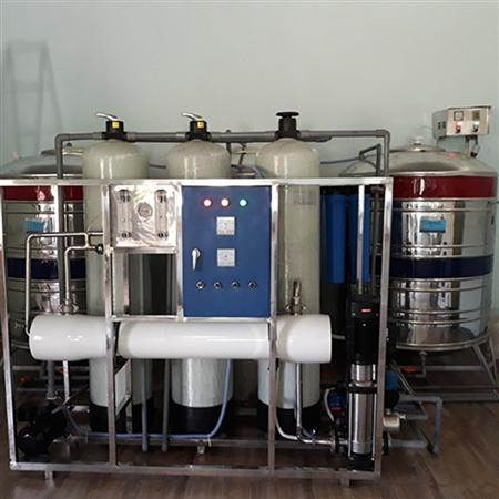Máy lọc nước cao cấp ( USA ) công suất cao