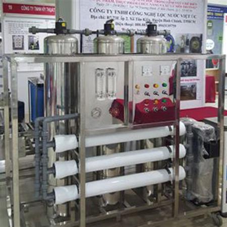 Hệ thống lọc nước tinh khiết đóng bình, đóng chai