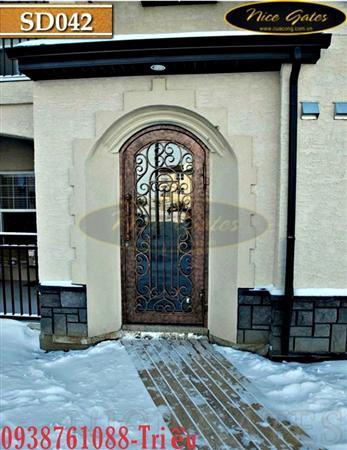 Làm cửa Đi chính bằng Sắt uốn nghệ thuật và kính tuyệt đẹp