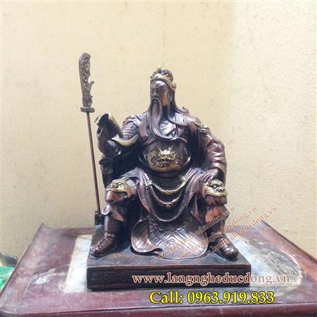 Tượng Quan Công ngồi đọc sách, đúc đồng hun màu giả cổ cao 2