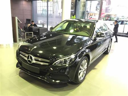 bán xe Mercedes Benz C200, đủ màu giao ngay.