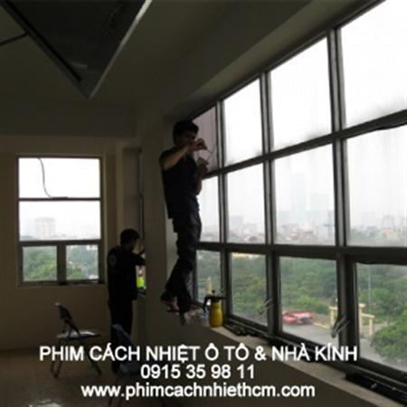 phim dán kính chống nóng nhà kính