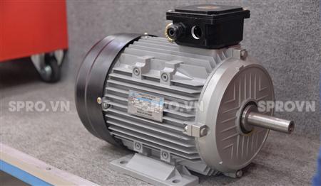 Máy phát điện chạy dầu 3 pha Hyundai 5.5kw DHY6000SE-3 chống