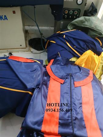 xưởng may và cho thuê áo tốt nghiệp đại học, áo cử nhân