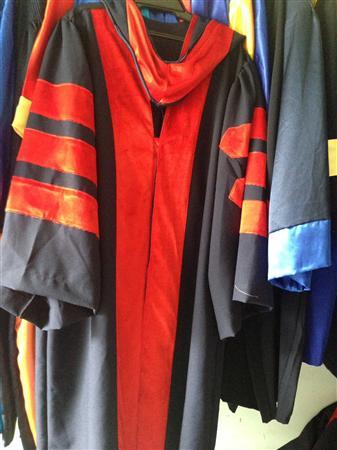 xưởng may áo tốt nghiệp cử nhân dịp cuối năm 0934156409