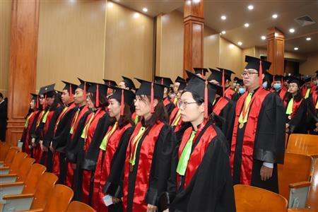 Nhà may nón tốt nghiệp, áo tốt nghiệp, áo lễ phục tốt nghiệp
