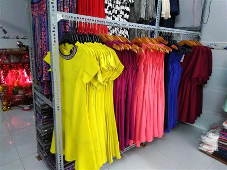 Chuyên sỉ áo thun, quần short và đầm thun nữ giá tận kho