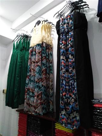 Cung cấp sỉ váy đầm thời trang cao cấp tại Sài Gòn