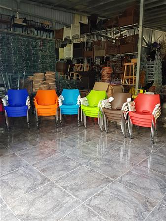 Ghế nhựa đúc chân inox mẫu mới hàng tận xưởng