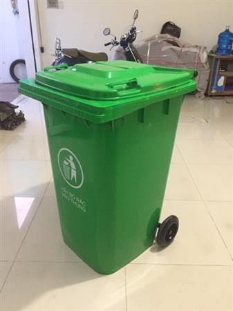 Thùng rác y tế, thùng rác nhựa