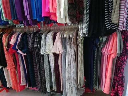 Áo đầm in chử,phom suông,bán giá sỉ,rẻ 29k