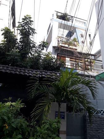 Cho thuê Nhà nguyên căn H578 Lê Q Định - 4 phòng ngủ  - Giá