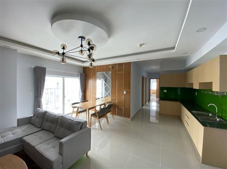Cần bán căn hộ oriental mặt tiền âu cơ giá bán 2,3 tỷ xem nhà lh khương 0901009839