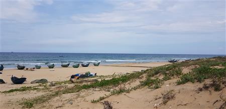 Chính chủ cần bán 667m2, 300m2 đất thổ cư tại mặt biển Nam