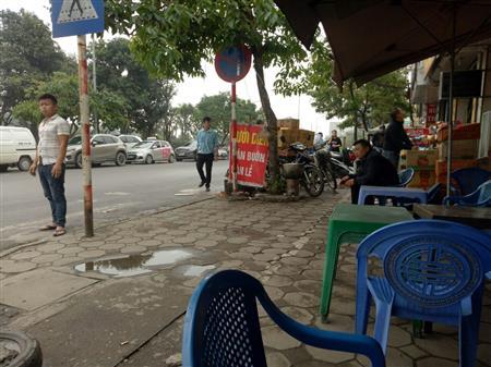 Bán gấp nhà mặt phố Ngô Xuân Quảng, nhà 3 tầng, 42m2 MT4m 2