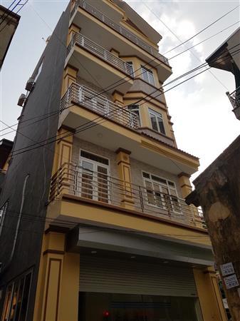 Bán nhà tại Học viên Nông nghiệp Việt Nam. Nhà 5 tầng vừa ở