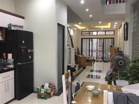 Nhà mới,trung kính,60mx4T,giá 5,9tỷ,0.96.2668803