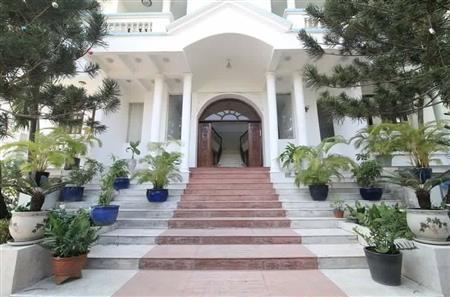 Cho thuê  villa mặt tiền Quận 2 phù hợp làm trường học nhà