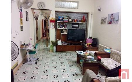 Bán căn hộ chung cư khu A tập thể công ty xà phòng, 181