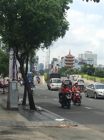 Bán nhà HXH 89 Cao Thắng, Phú Nhuận, cho thuê tốt, giá cực