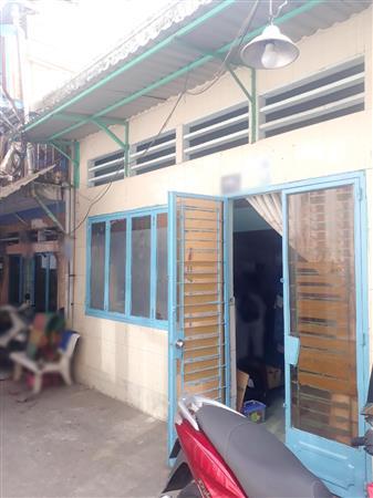 Cho thuê nhà 2PN gần mặt tiền đường Phạm Thế Hiển P4 Q8