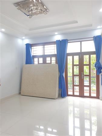 Phòng mới (20m2 - 25m2/full nội thất) mặt tiền Âu Dương Lân