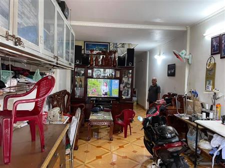 Định cư nơi khác, Bán gấp nhà Lê Văn Lương, hẻm thông, sổ